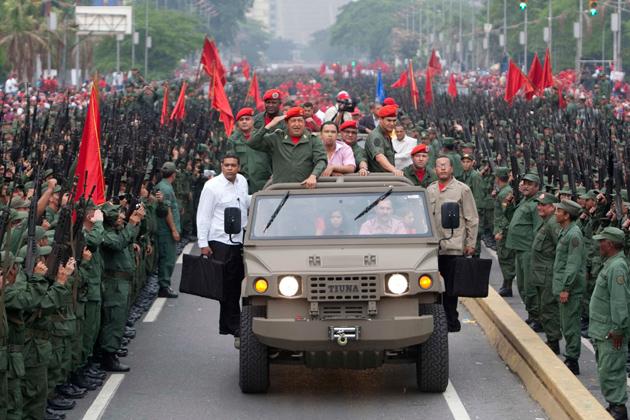 Desfile Hugo Chávez