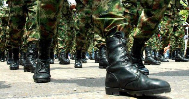 Militares botas